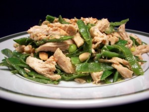 Cold chicken and snow pea salad, photo via mainfoodandlifestyle.com